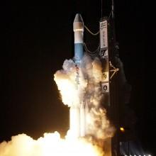 Launch of MESSENGER