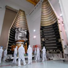 Both Atlas V-Meter Fairings Ready for Encapsulation