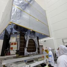 Prepping the Spacecraft to Move to the Hazardous Processing Facility for Fueling Operations