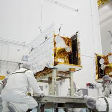 Working on the Twin GRAIL Spacecraft