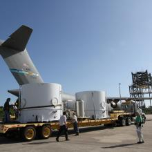 Preparing to Transport the Spacecraft to Astrotech's Florida Facility