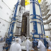 MUOS-4 Encapsulation