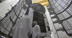 Atlas V MUOS-4 Encapsulation